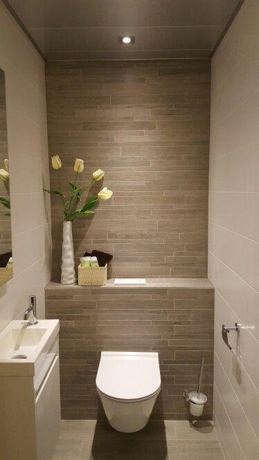 Idee toilet, gezien bij Sanidirect | Powder room renovation in