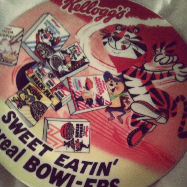 6.3 #onmyplate Tony the Tiger and some vintage Kellogg's friends #photoadayJune