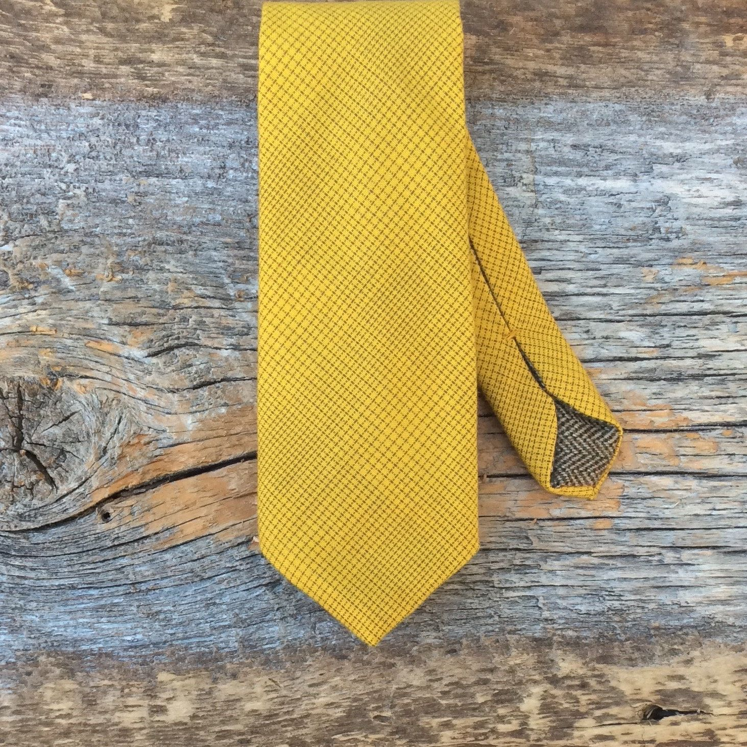 Yellow Tie. Mens Fall Fashion. Fall 2016. Trending Accessory. Gift for Him. Cotton Tie. Simple Tie. Office Tie. Mens Vintage Clothing. by BrinkoTies on Etsy