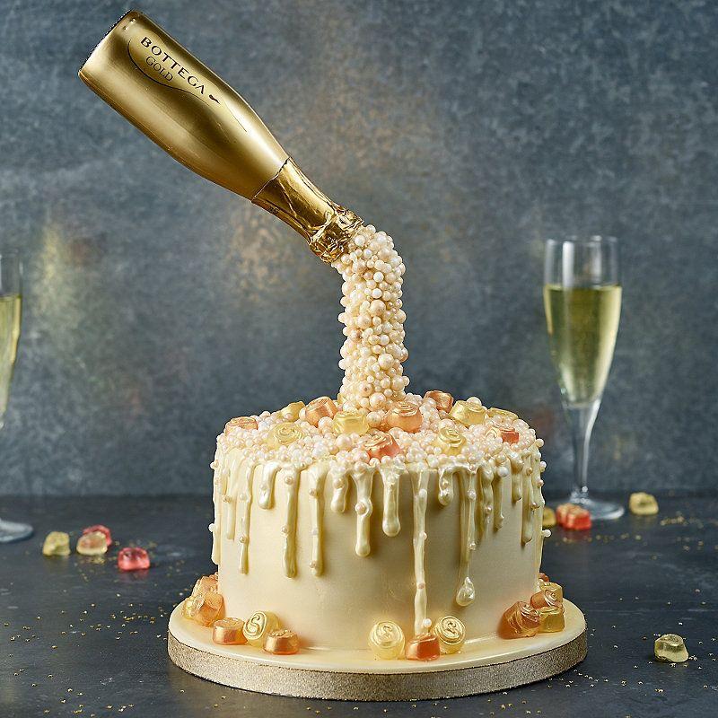 Prosecco Cascade Cake | Pouring Cake Ideas