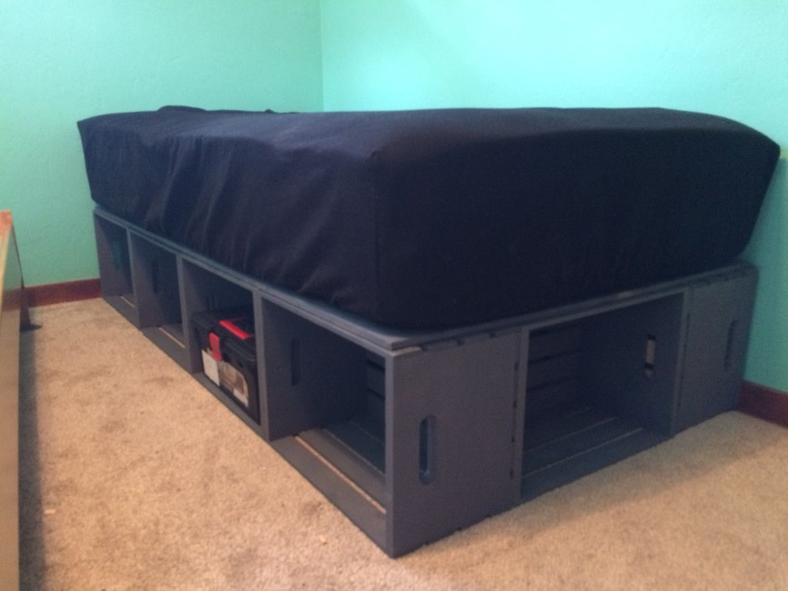 Bed Frame Made Out Of Wooden Crates Wooden Crates Diy Diy Bed