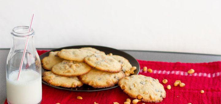 Cookies mit Erdnüssen und Schokostückchen // Rezept gibt's auf meinem Blog ofengefluester.de