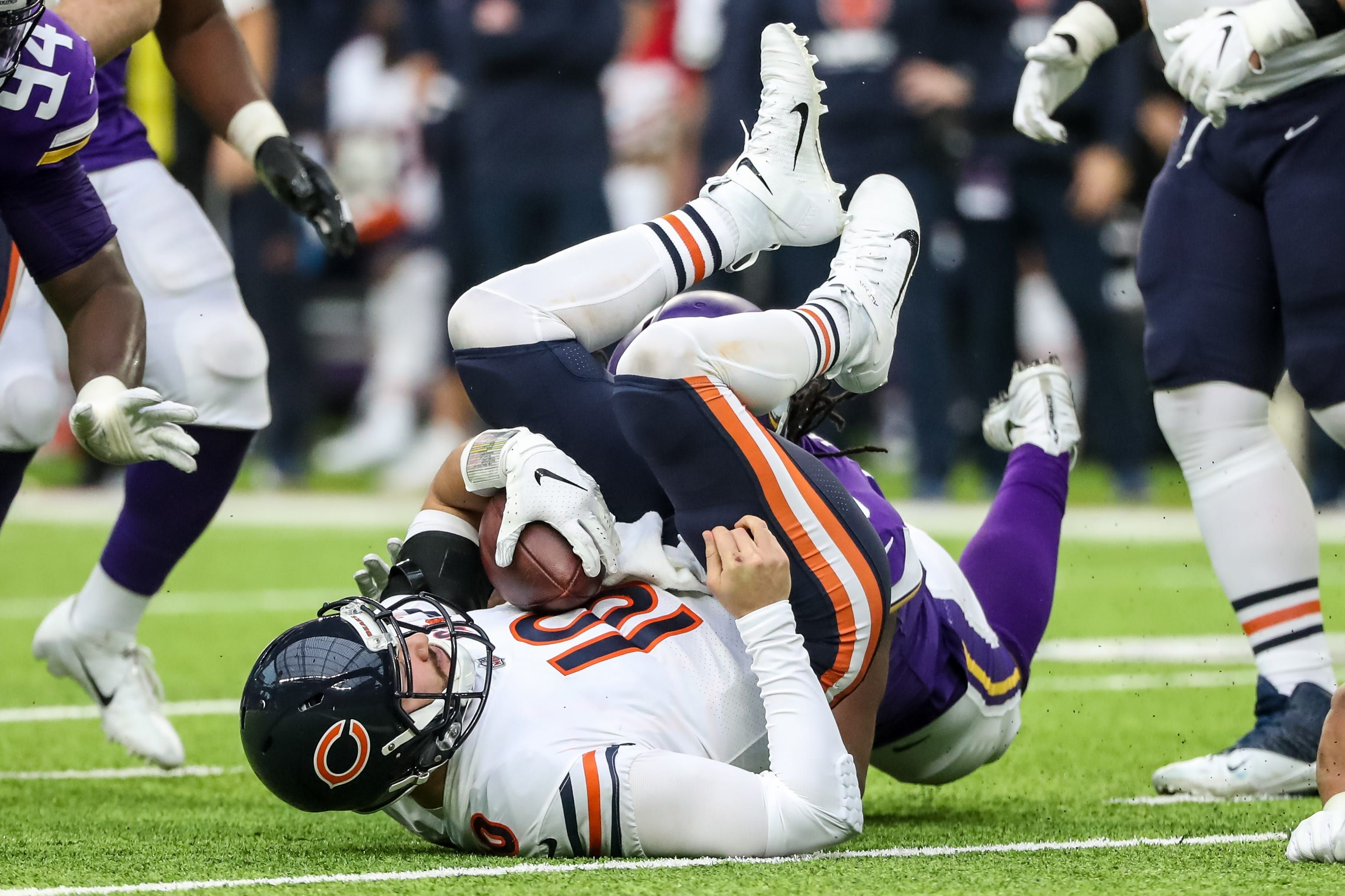 Chicago bears commit to mitchell trubisky as starting qb