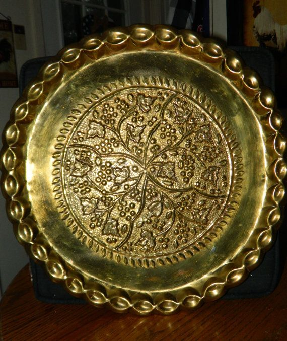 Antique Brass Wall Plates Extraordinary A Gorgeous Large Brass Platter~Wgrape Leaf Design~A Vintage Brass Decorating Design