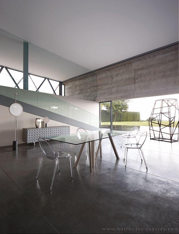 Roche Bobois Contemporary Interior Design In Boston Natick Ma Boston Design Guid Contemporary Interior Design Boston Interior Design Dining Table Design