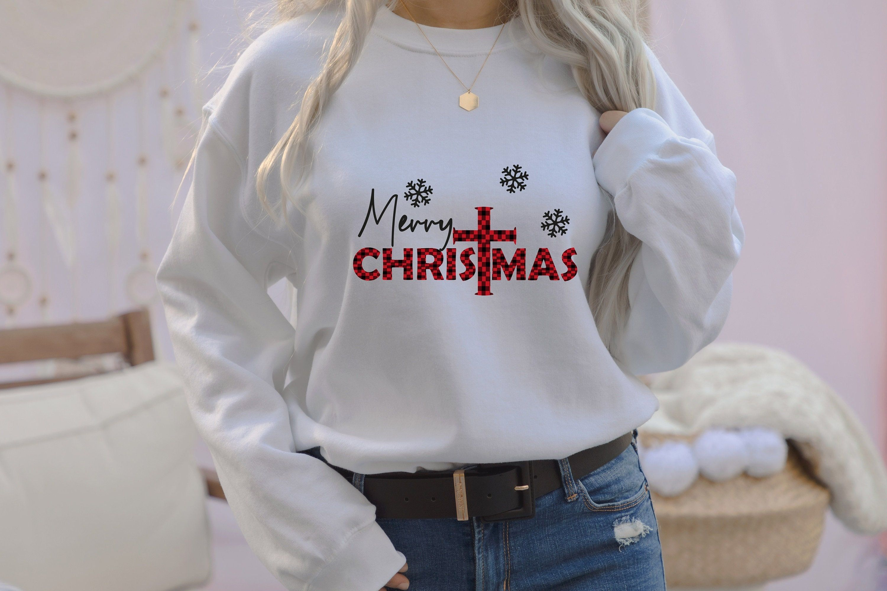 Merry Christmas Sweatshirt, Holiday Shirt Little Things favorite Doodles, Christmas Shirt For Women, ,Cute Xmas Shirt, Merry And Bright and more custom / personalized tshirts, at Level Up Tees Online Store! ✔ By gifting it, you can create an unforgettable memory. ✔ This tshirt will make you feel happy and comfortable. ✔ We prepare our products with love and care. We are here to provide you perfect designs, high levels of quality and affordable products. We are dedicated to giving you the best cu