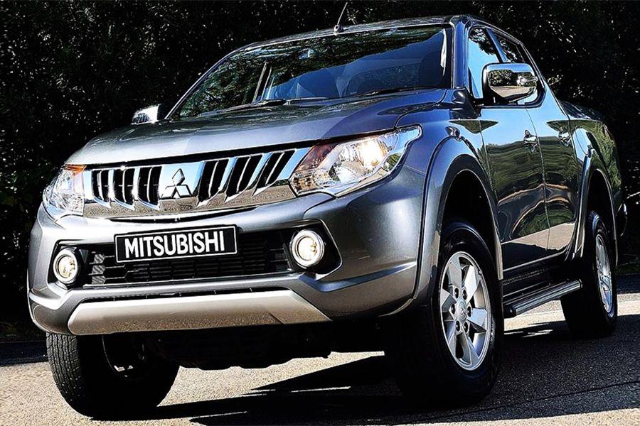 Mitsubishi L200 Sportero In 2020 Mitsubishi Mercedes Jeep Daihatsu