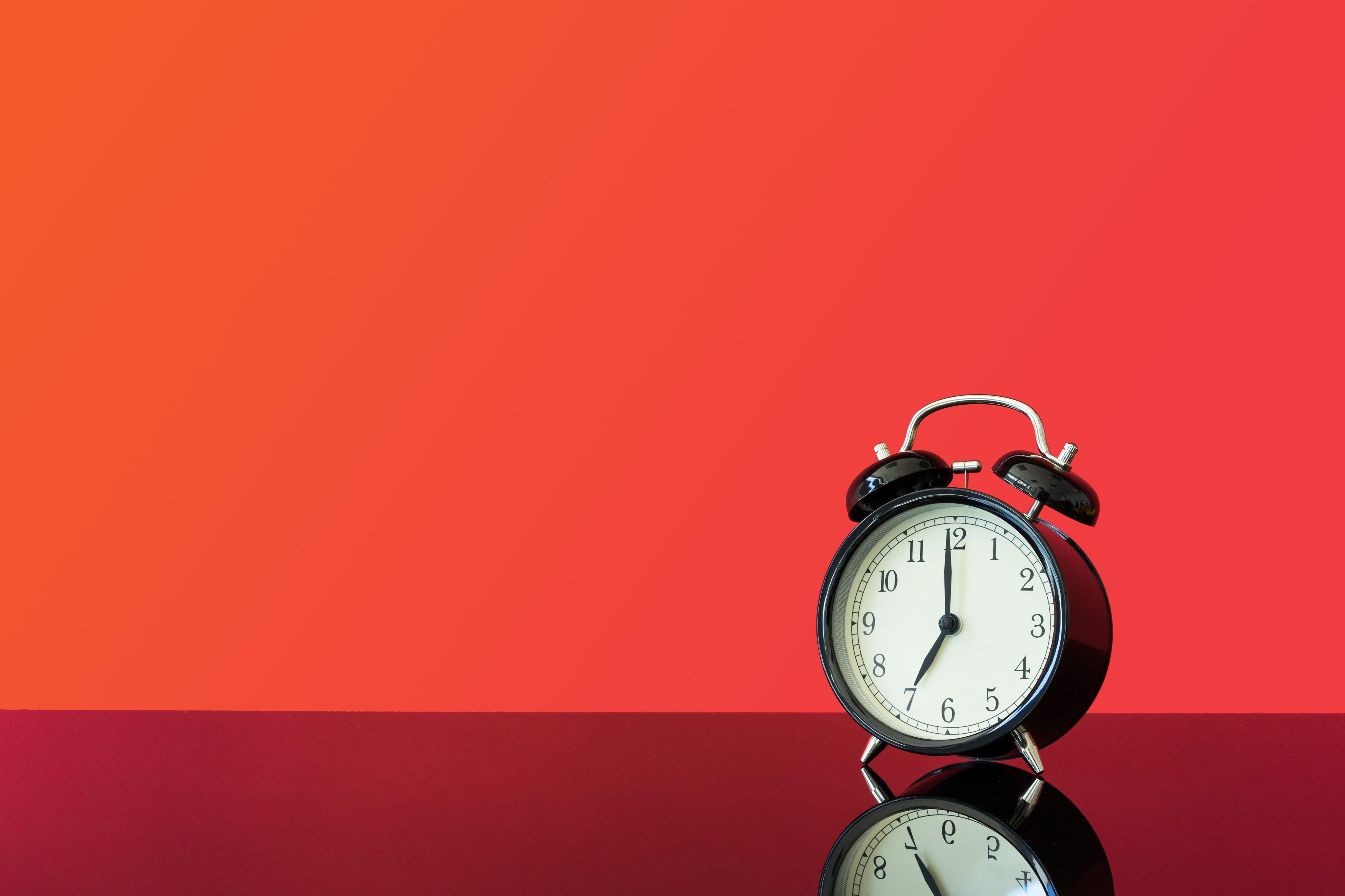 Vintage Alarm Clock Bed Time Deadline Deprivation Get Up Wallpaper In 2020 Vintage Alarm Clocks Clock Vintage Wallpaper
