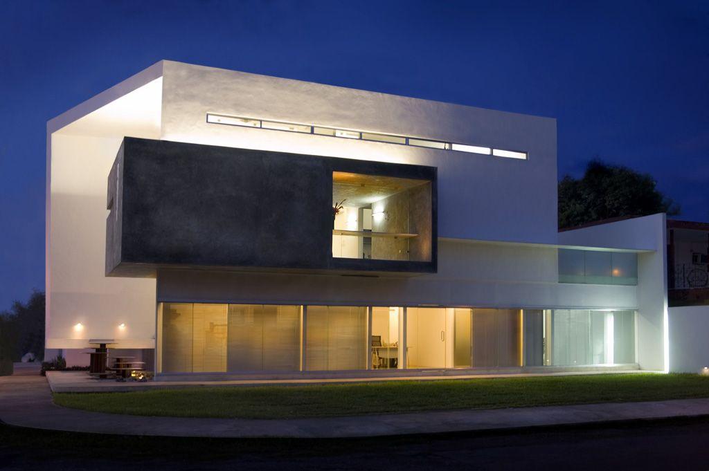 Luminica iluminacion proyectos ilumination pinterest for Proyectos casas modernas