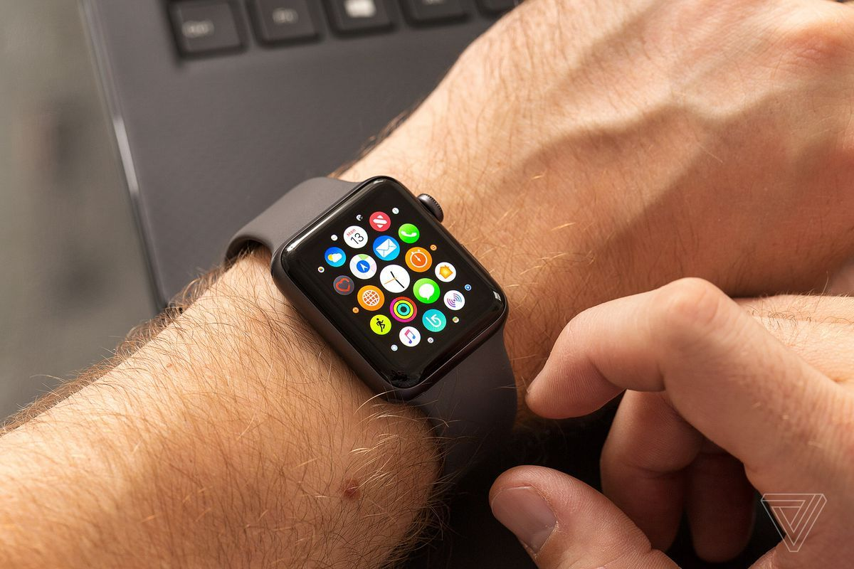 Apple Watch Black Friday Deals Are Available Now And Selling Out Fast Here Are The Best Discounts On The Series 5 Series 4 And Series 3 Apple Watch Apple Watch