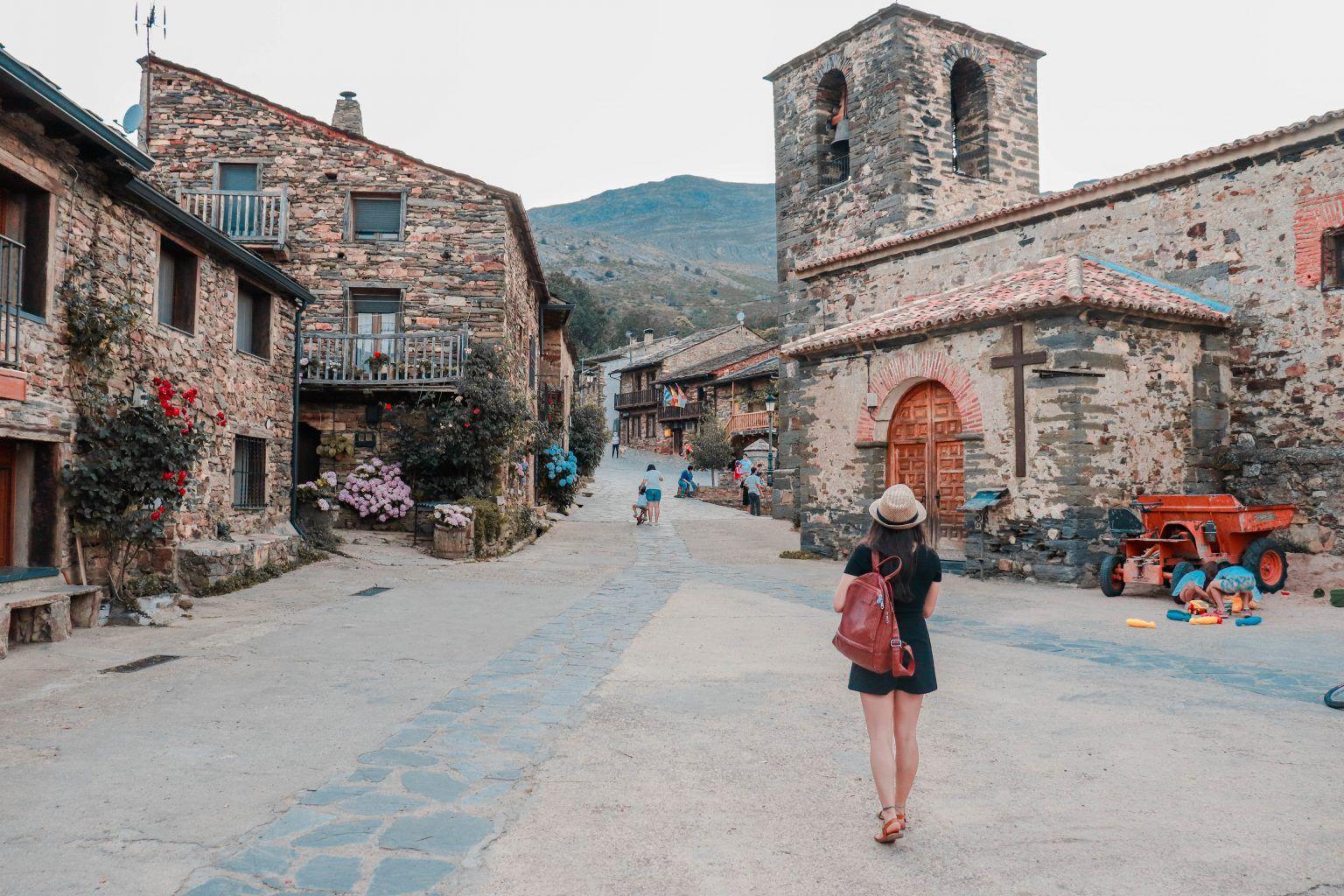 10 Pueblos Con Encanto Cerca De Madrid Mafe Around The World En 2021 Pueblos Con Encanto Pueblo Viajes