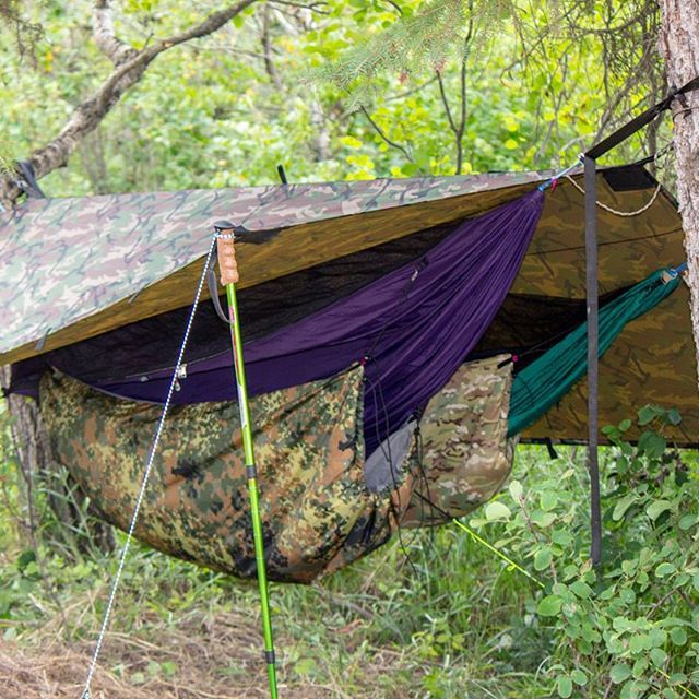 cozy hammock camping setup with our defender camo tarp by  jonpetryk and his son at cozy hammock camping setup with our defender camo tarp by      rh   pinterest