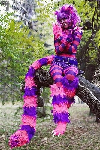 Cheshire Cat cosplay   Use this tail for the cat from Alice and Wonderland. I would like to make it not heavy so they can move and jump around easily. And also little bid smaller. So they don't need to worry about step it. Color would be same. I want to big tie ribbon.