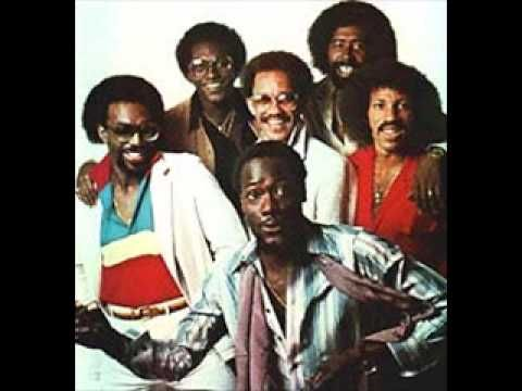 The Commodores Easy Like Sunday Morning Is In The Top 100 Yacht Rock Songs Of All Time Yachtrockmusic Play That Funky Music Rock Songs Soul Music
