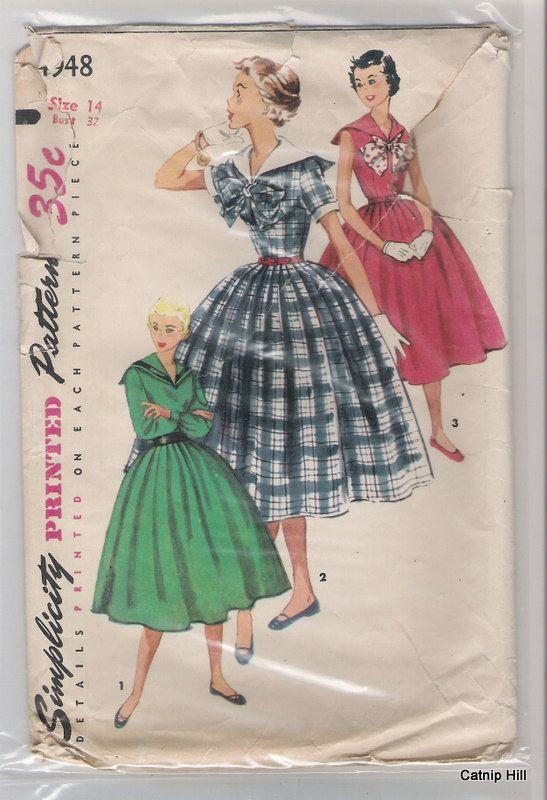 Einfachheit 4948 Größe 14 Segler voll umgingen Kleid von CatnipHill ...
