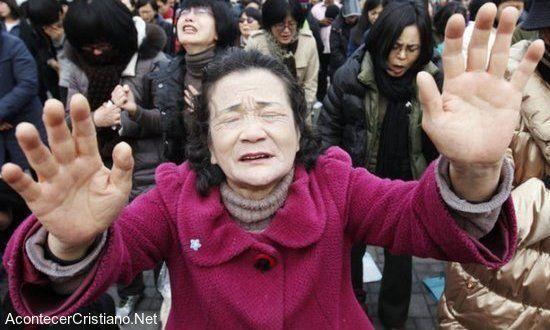 Crucifican Y Queman A Cristianos Tras Cruel Persecución En Corea Del Norte Acontecer Cristiano Noticias Cristia Cristianos Cristianismo Noticias Cristianas