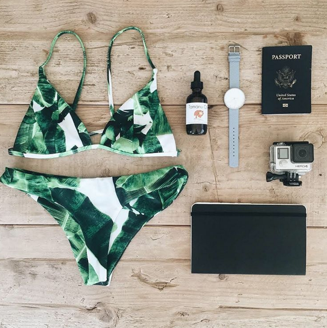 #DarlingAdventure x Tonga / Darling's Director of Media Relations @kylewould is packed and ready to go on an epic #DarlingAdventure swimming with the humpback whales in Tonga! Follow along with us as we keep up with her travels!