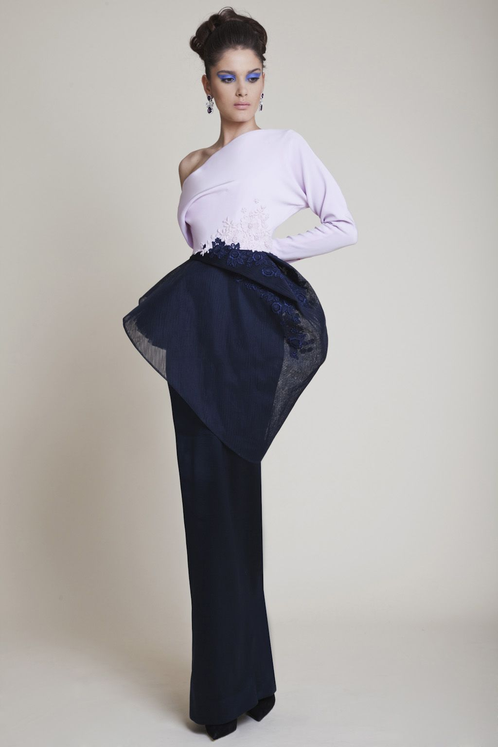 Azzi & Osta Silk Pink and Navy Crepe One Sleeve Dress encrusted with Pink and Navy Guipure