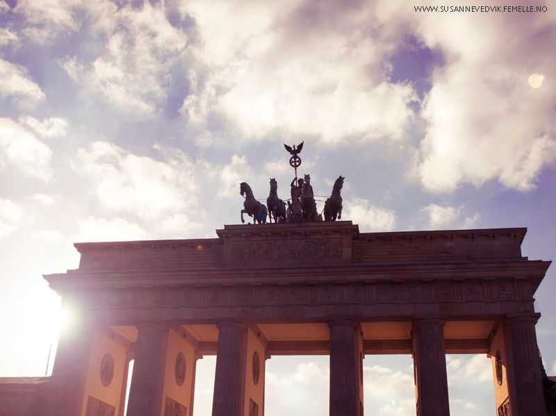 What to see in Berlin, Germany. Berlin pictures.  Brandenburger tor  http://www.susannevedvik.femelle.no/