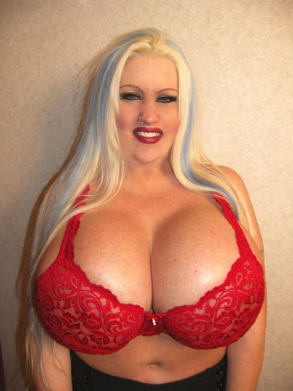 Chloe dior boobpedia encyclopedia of big boobs