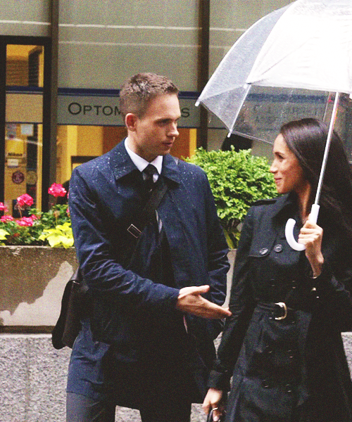 <3 #suits watched this part yesterday.... Mike asks Rachel if he can go meet her parents... ♡