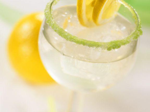 Zitronen-Minzlimonade ist ein Rezept mit frischen Zutaten aus der Kategorie None. Probieren Sie dieses und weitere Rezepte von EAT SMARTER!