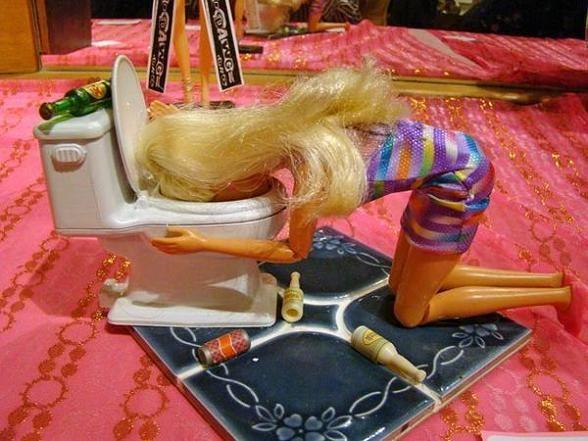 Bagno Barbie ~ Migliori immagini naughty barbie hilarious su