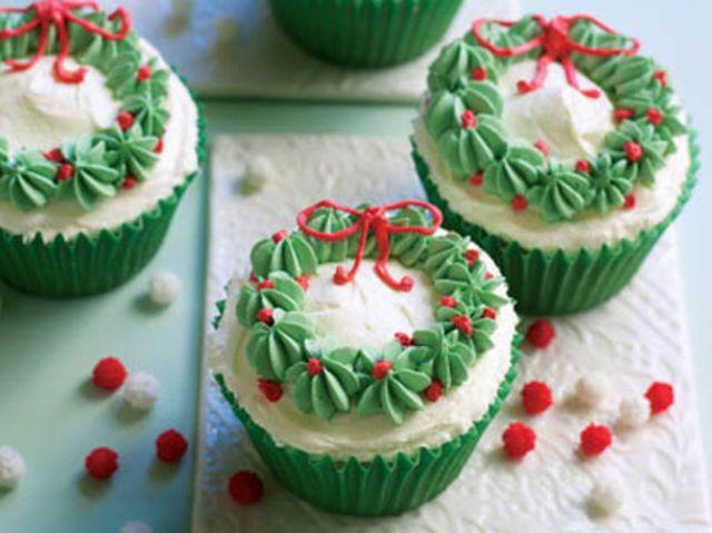 Top 8 Christmas Desserts #cupcakenoel