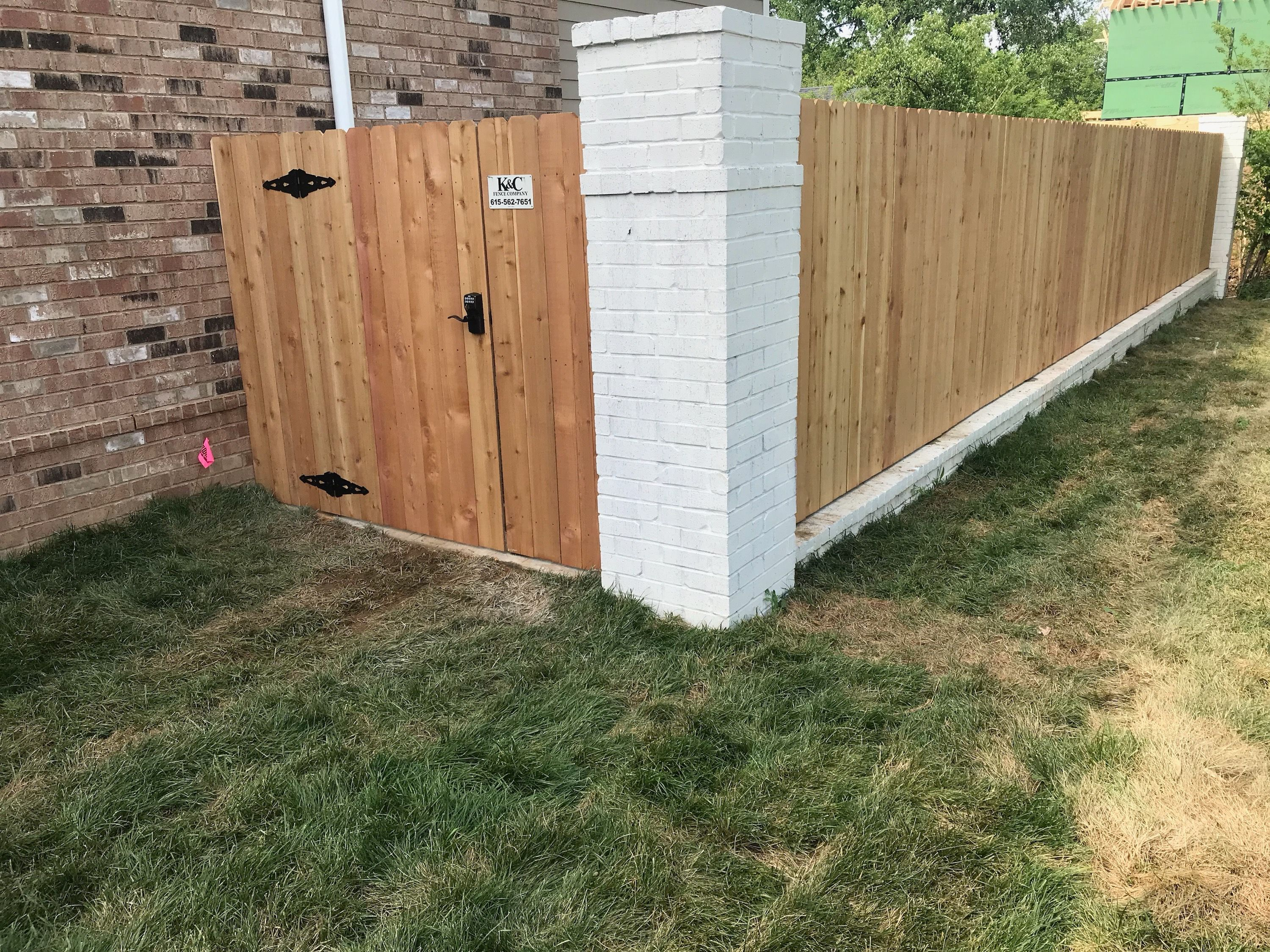 Www Fencenashville 6 Tall Cedar Privacy Fence In Between Brick Columns Installed