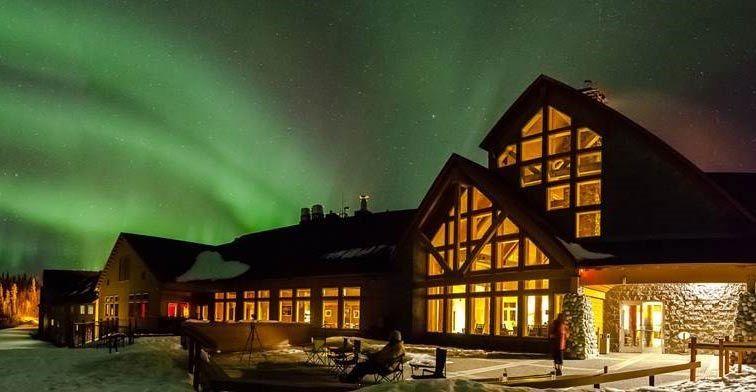 Photo of Invierno en Talkeetna Alaskan Lodge   Vistas de Denali y la aurora boreal