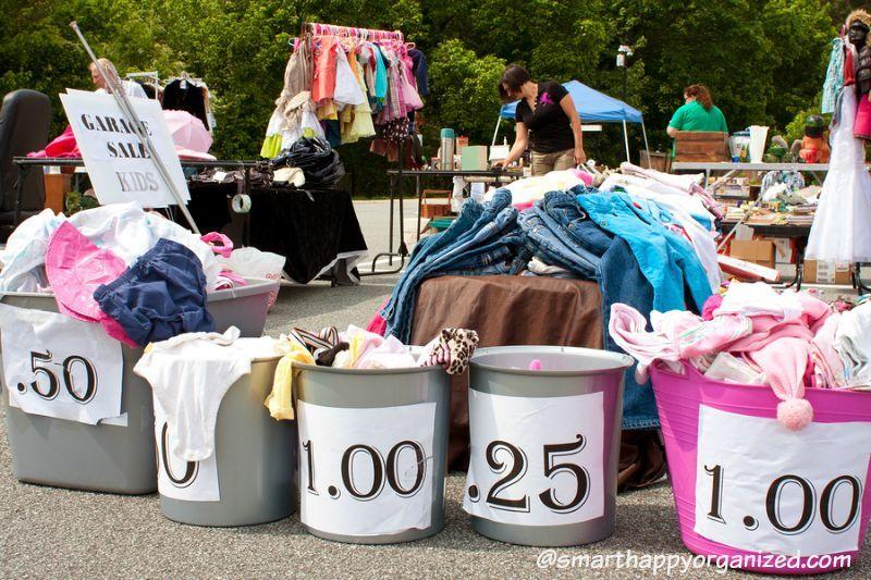 How To Organize An Epic Garage Sale And Make 500 Venda De