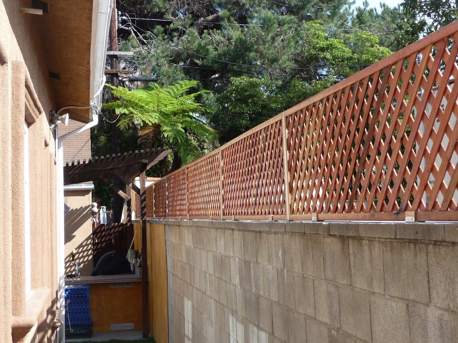 Thb Construction Privacy Trellis Added To Cinder Block Wall Cinder Block Walls Concrete Block Walls Privacy Trellis