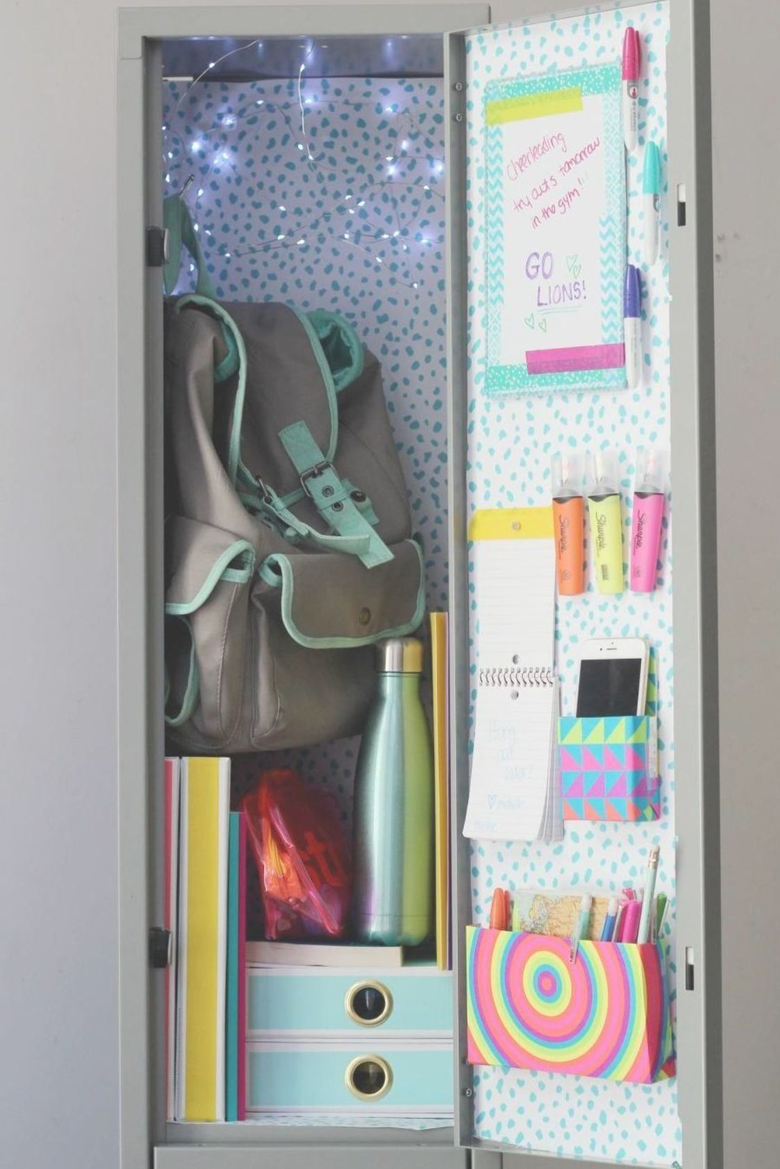Pin By Janeth Flores On Trabajo Escolares In 2020 School Locker Decorations School Lockers School Locker Organization