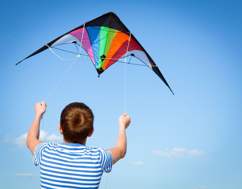 How to Build a Kite for Summertime | Summertimes, Kites and As