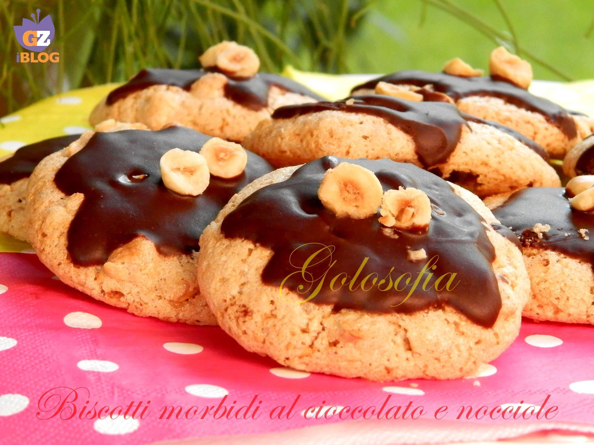 Biscotti morbidi al cioccolato e nocciole-ricetta velocissima!