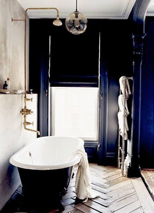 Jenna Lyons\' bathtub in her old Brooklyn brownstone   Jenna Lyons ...