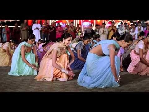 Musica Indu De Salon Mere Saath Chalte Chalte Humko Deewana Kar Gaye Youtube Bollywood Music Bollywood Music Videos Indian Movie Songs