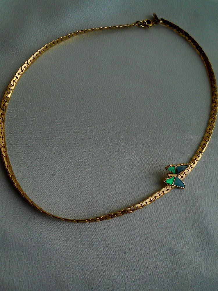 Avon Chain Necklace Gold Tone Green Enamel Butterfly Choker