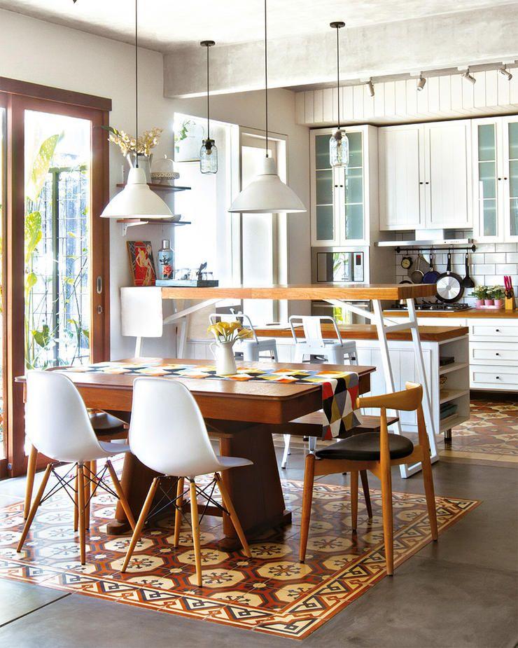 Dilengkapi Dengan Meja Bar Untuk Santapan Kecil Devi Merasa Dapur Dan Ruang Makan Ini Mencerminkan Karakter Keluarganya Tegel Pada Yang