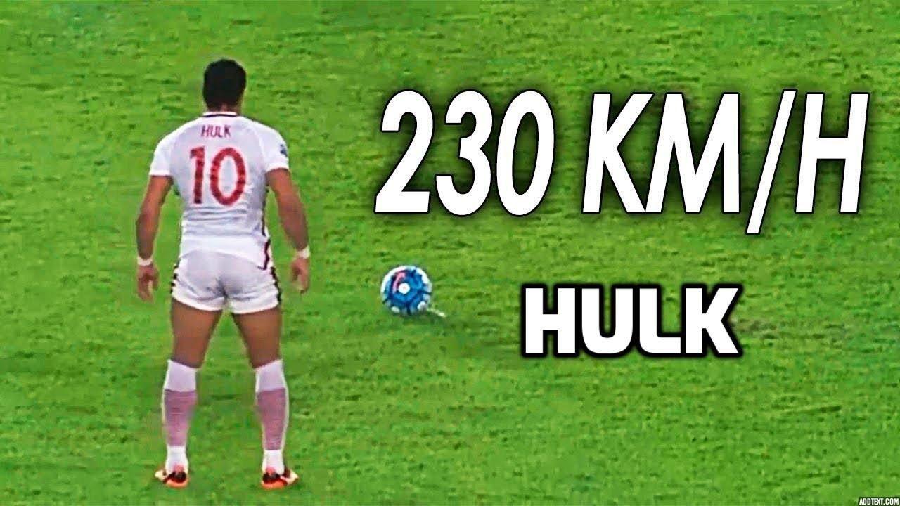 10 Times Hulk Proves That He S Not A Human Hd In 2020 Hulk Human Sports News
