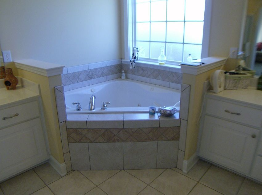Partial View Of Main Bathroom With Corner Jetted Tub Split Vanities And Separate Shower Corner Jetted Tub Bathroom Layout Corner Tub