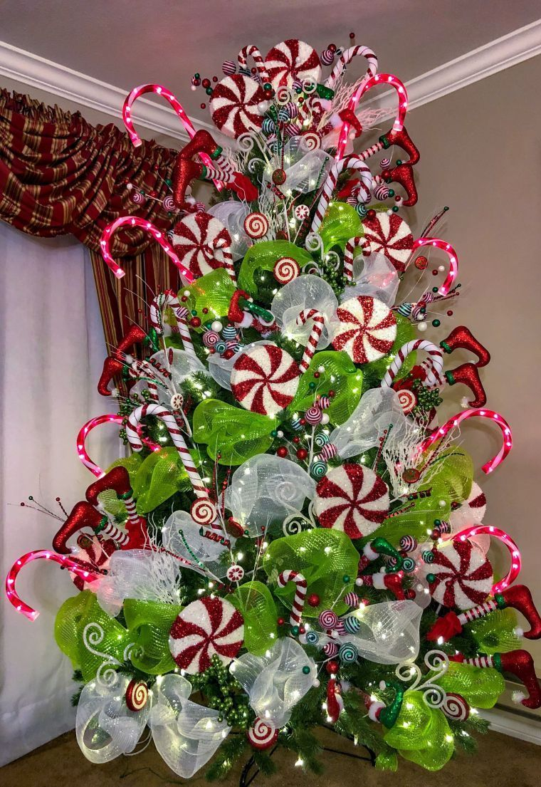 How To Decorate a Christmas Tree   Grinch christmas tree ...