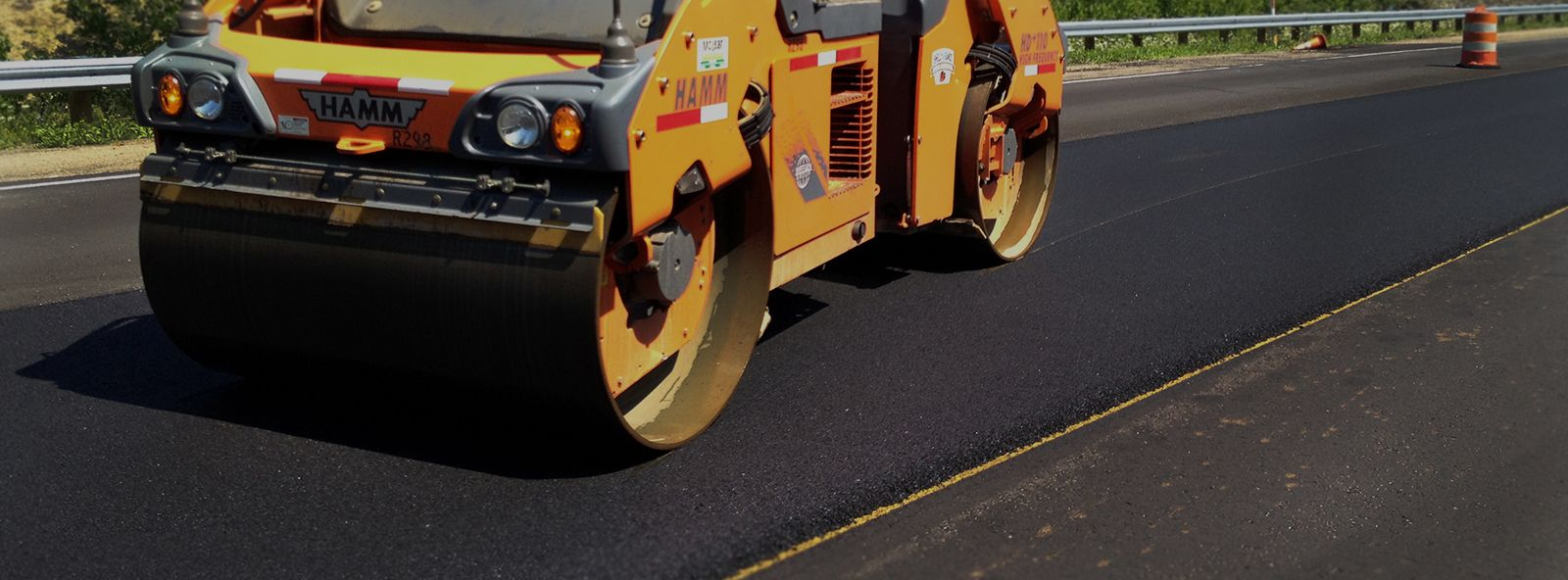 Asphalt Paving with Best Roofing And Paving, Corp. # ...