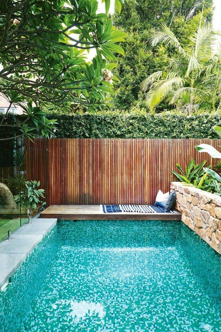 Pin By Matei Kevenaar On ꫝ ꪑꫀ Swimming Pools Backyard Small Backyard Design Pool Houses