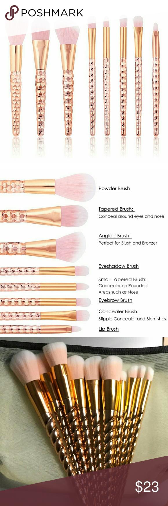 Kabuki brush set This makeup brush set meets your needs of