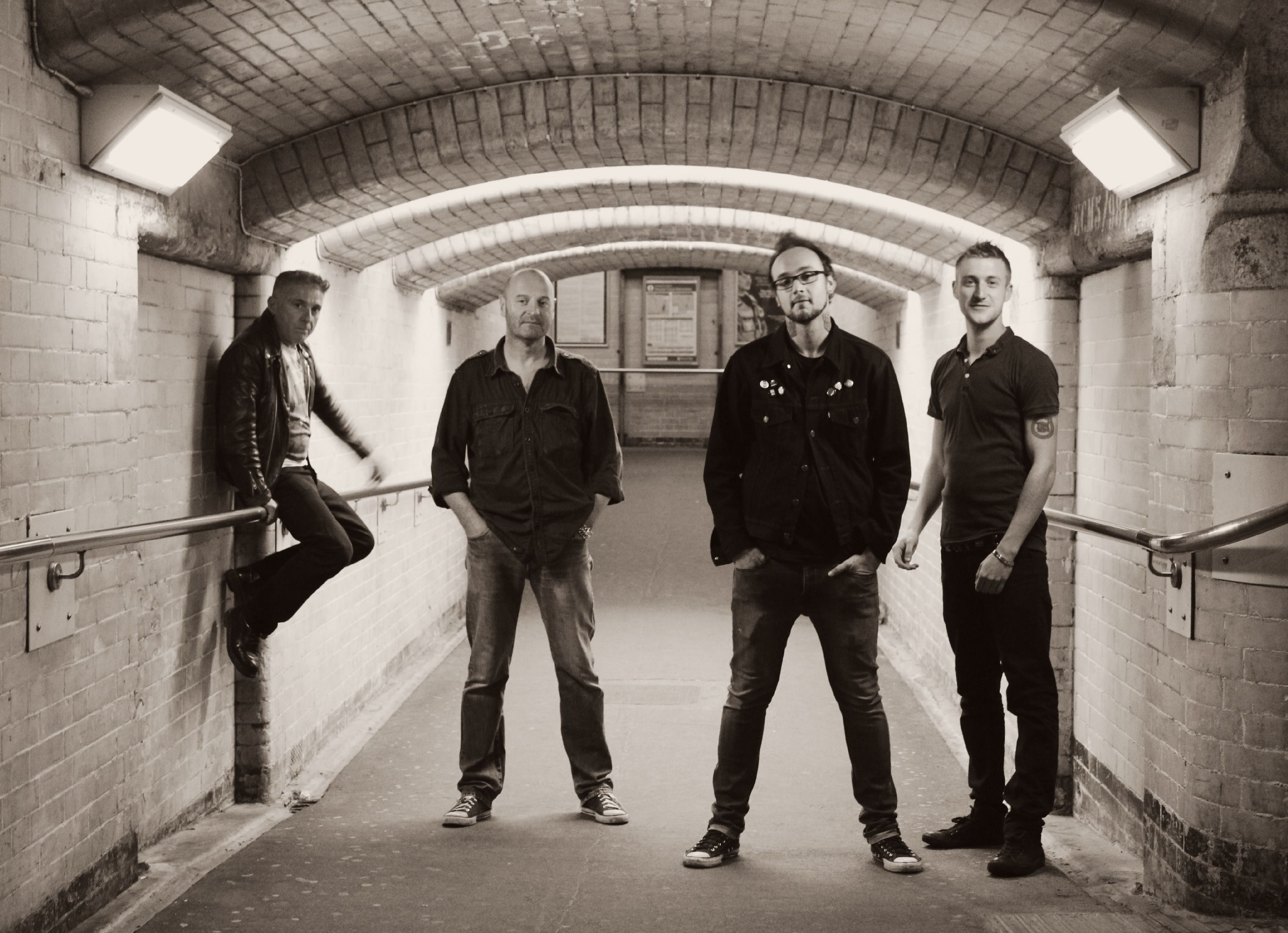 Lost Rockers band photoshoot Helen Templeton graphy tunnel
