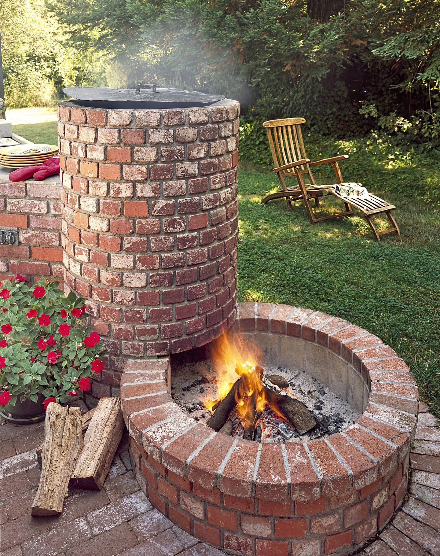 How To Start A Fire In A Fire Pit In 2020 Backyard Backyard Bbq Pit Fire Pit Backyard