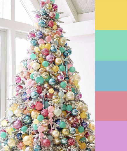 4 Christmas Tree Color Palette Ideas Christmas Tree Themes Gold Christmas Decorations Colorful Christmas Tree