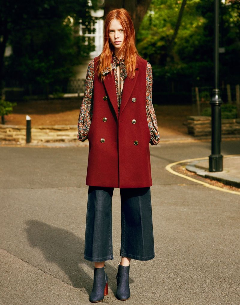 e0c40d5a Tapping a cast of upcoming faces, the fall-winter 2015 campaign from Zara  TRF embraces 1970s inspired, oversized style.