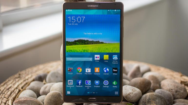 With its slim design, fantastic screen, and oodles of power, the Samsung Galaxy Tab S 8.4 is a superb smaller tablet.